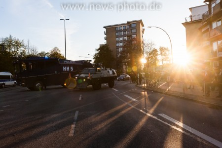Auf höhe Königsstraße wurde die Demonstration gestoppt.