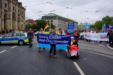 Auch Pegida Teilnehmer waren bei der AFD Demonstration dabei