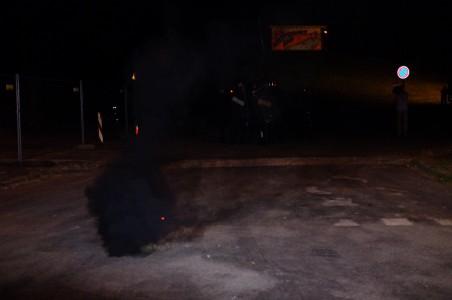 Eine Gruppe linker Demonstranten setze sich ab und machte Jagd auf rechte Demonstranten