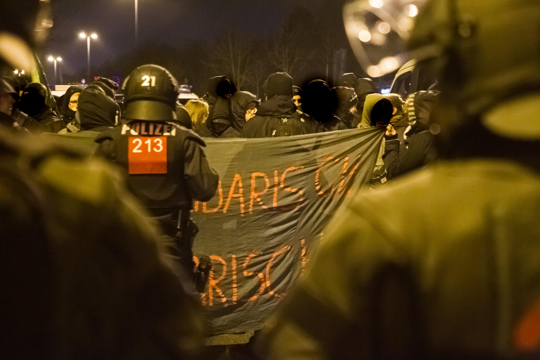Protest gegen die Neonazi-Demo in Dresden Prohlis