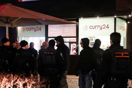Pöbelei vor dem Curry 24
