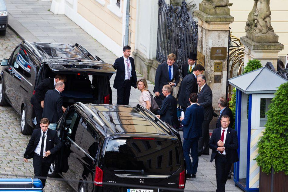 Der niederländische König Willem Alexander bei der Bilderberg-Konferenz