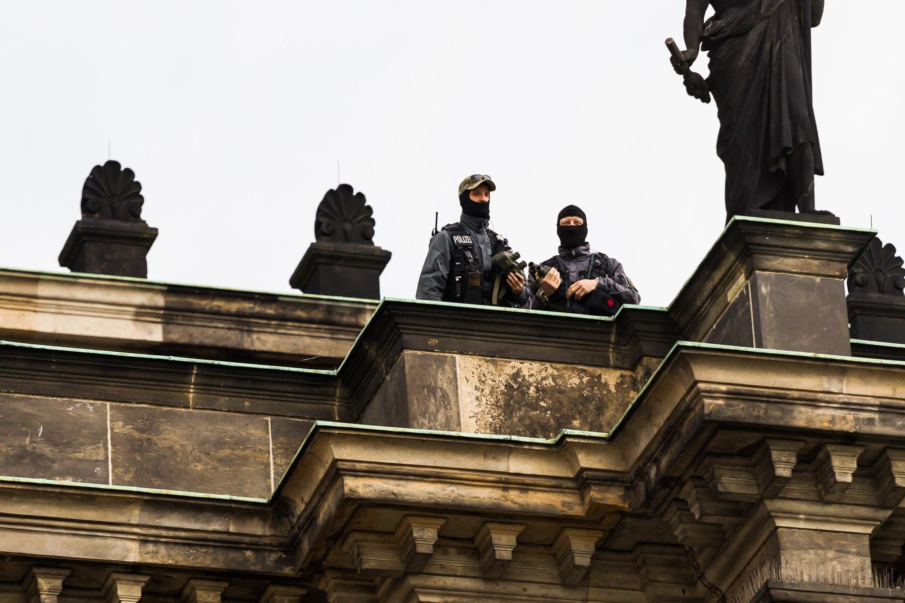 Das SEK sichert die Bilderberg Konferenz ab.