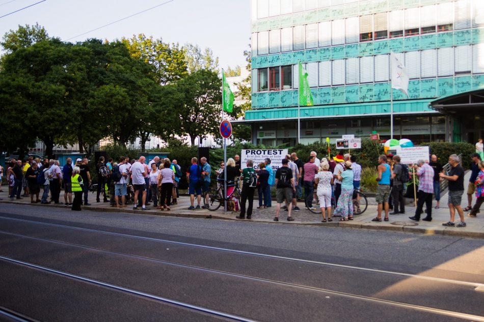 """Wellenlänge Demonstration gegen die """"Lügenpresse"""""""