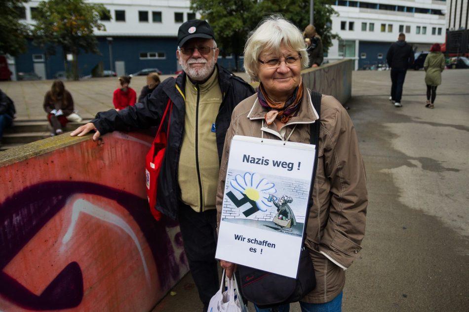 Irma Mensah-Schramm, die Dame die Nazi Schmierereien nicht einfach hinnehmen kann ist heute auch in Dresden gewesen