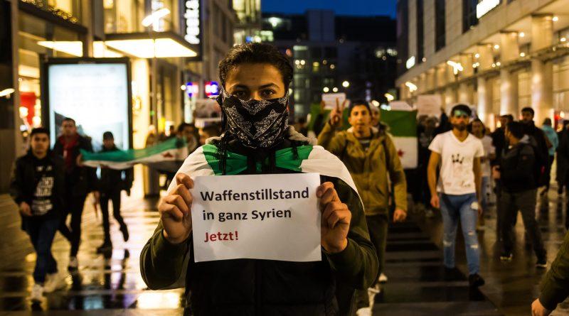 Demo für Aleppo auf der Prager Straße in Dresden