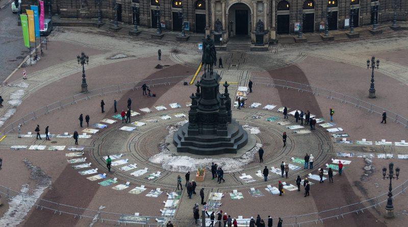 Am Freitag wurde die Kunstaktion Lampedusa361 in Dresden eröffnet