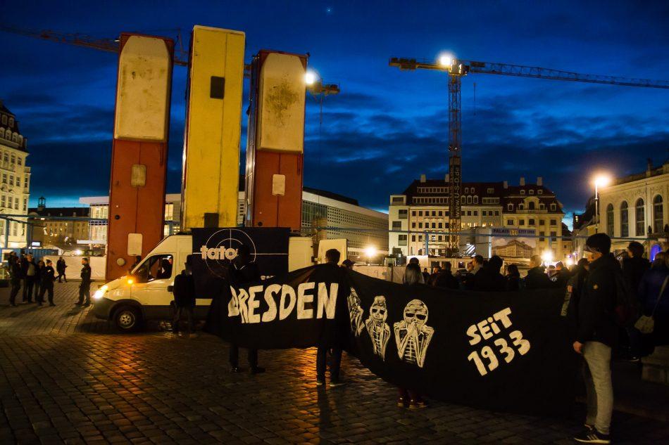 Die erste Zwischenkundgebung der Nope Demonstration wurde am Neumarkt durchgeführt
