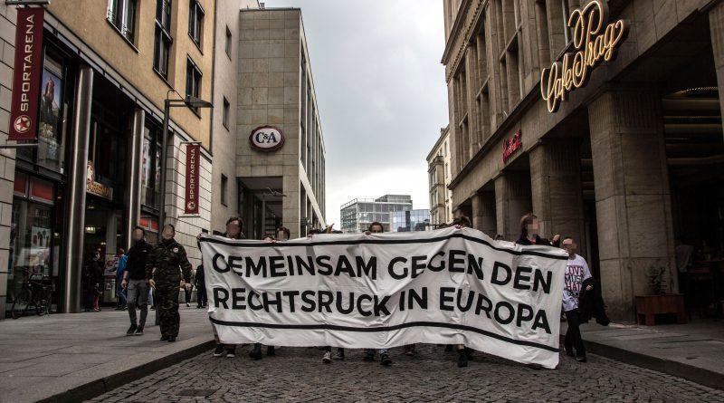 Demonstration gegen Thügida in Dresden
