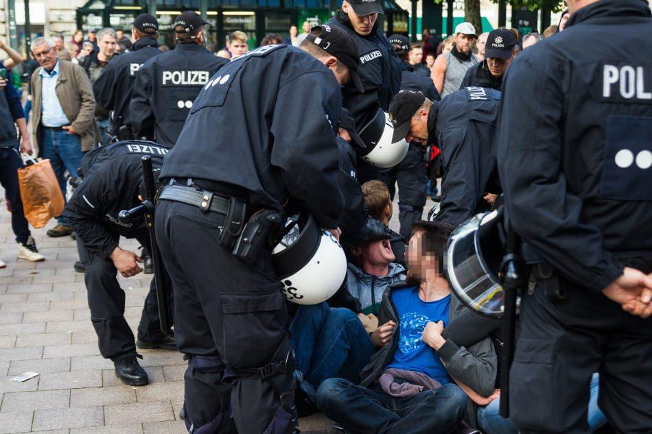 Der Protest auf dem Rathausmarkt wurde gewaltsam aufgelöst