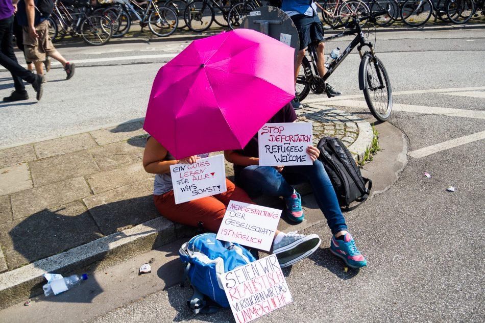 Vormittags gab es auch noch friedlichen Protest gegen die Politik der G20 geäussert