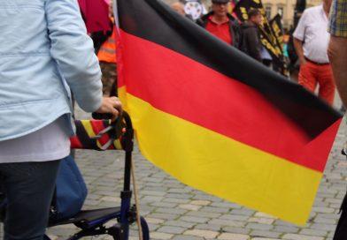 Pegida und Gegenprotest in Dresden