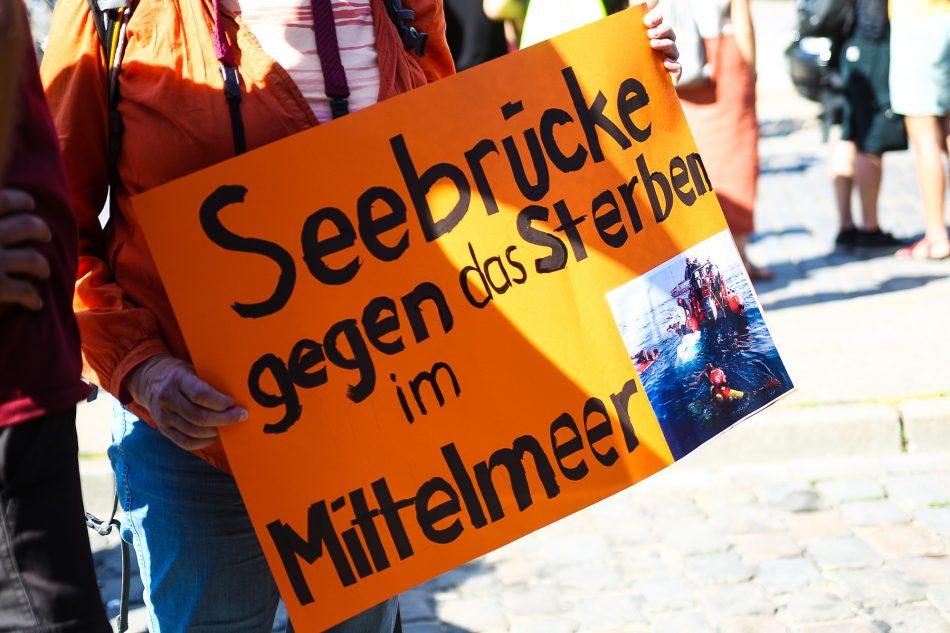 Am Internationalen Tag der Seenotrettung wurde zu einer Kundgebung auch in Hamburg aufgerufen