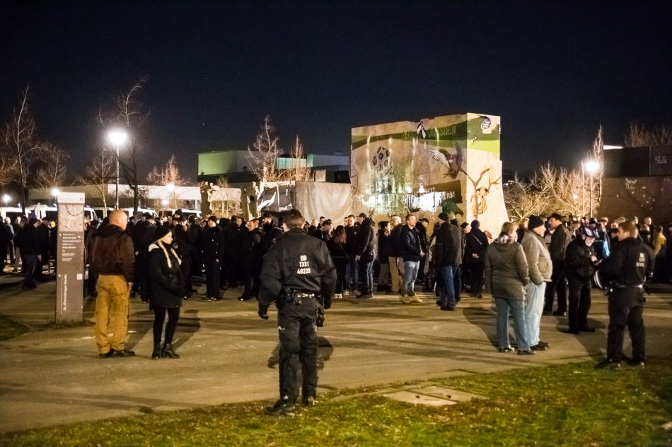 Die Neonazi-Demonstration versammelte sich an der Lingerallee