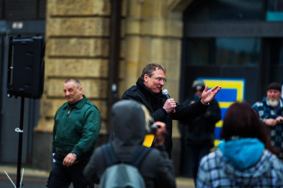"""Blogger Michael Stürzenberger auf der """"Michel wach endlich auf"""" Demonstration in Hamburg"""