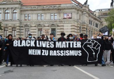 Tausende Dresdner*innen demonstrieren gegen Polizeigewalt und Rassismus