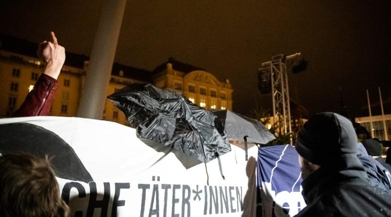 Abends wurde dann noch mal Lautstar auf dem Altmarkt demonstriert.