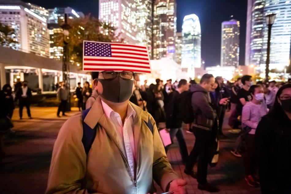 Ein Demonstrant bei der Thanksgiving Demo in Central