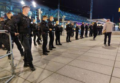 Pegida, Behörden und Gegenprotest