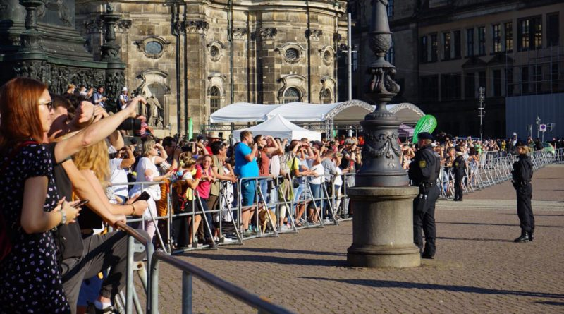 Frau Dr. Merkel besucht Dresden