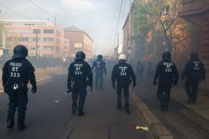 01. Mai 2017 Die Rechte in Halle-14