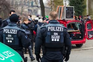 11. Februar Neonazi Demos in Dresden-1