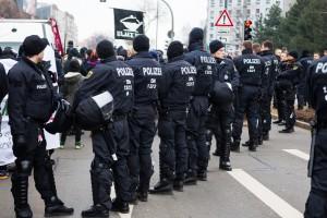 11. Februar Neonazi Demos in Dresden-26