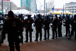 11. Februar Neonazi Demos in Dresden-28