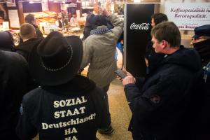 12. März 2018 Hamburg Merkel muss Weg Demo (20 von 21)