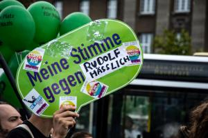 Hess Marsch Gegendemo in Berlin